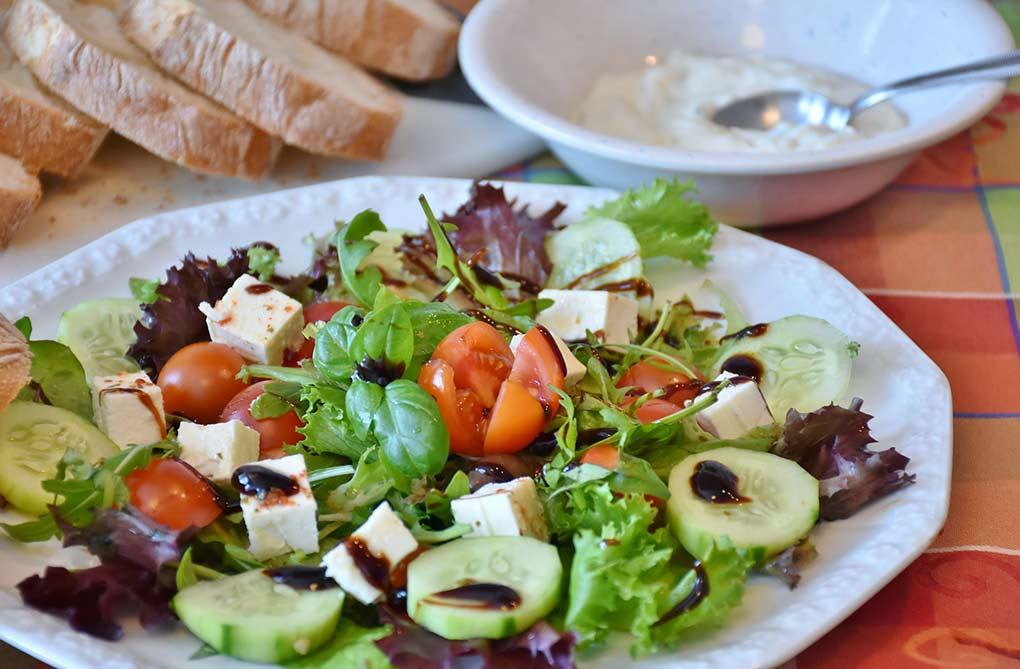 Portage de repas à domicile : un service pratique et adapté aux seniors