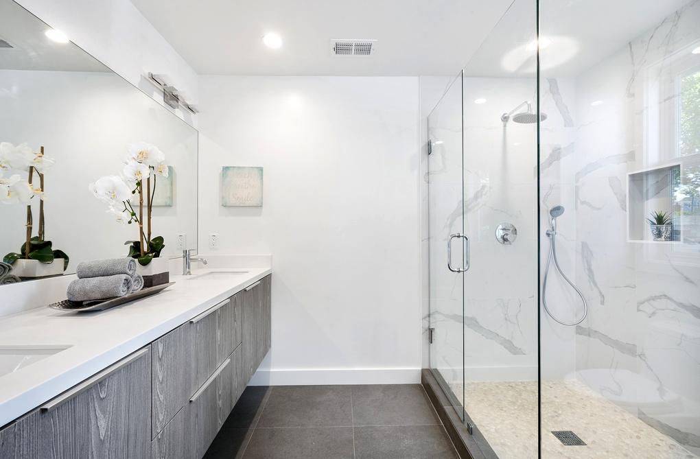 Une aide pour remplacer sa baignoire par une douche