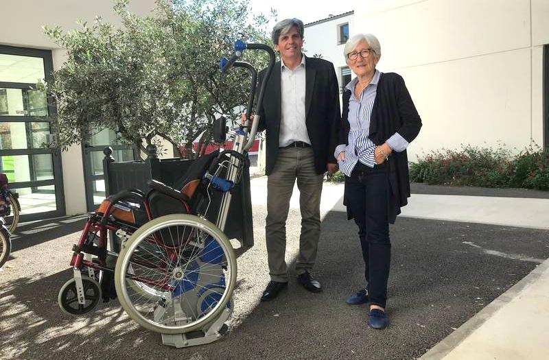 Escalier Plus pour soutenir les personnes à mobilité réduite
